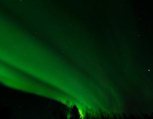 Sweeping Green Aurora bands