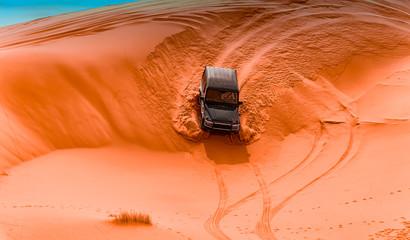 4x4 vehicles and dunes