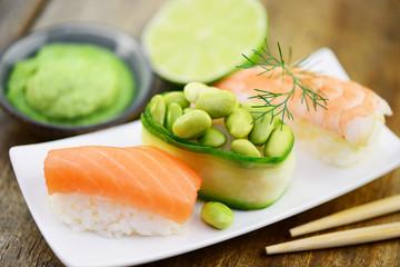 Lachs Sushi