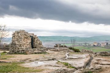 Bagno Vignoni Mühlenpark und Spuren historischer Therme, Toskana, Italien