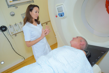 explaining the MRI procedure
