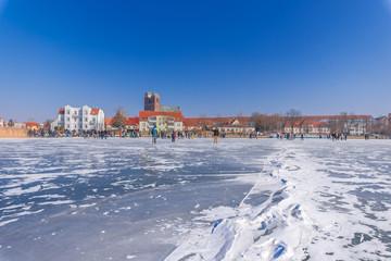 Winterspaß auf den gefrorenen Prenzlauer Uckersee