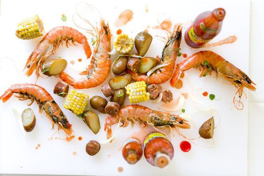 Overhead Shrimp Boil with prawns, potatoes and corn