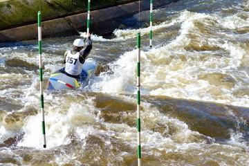 Compétition de canoé-kayak en Bretagne