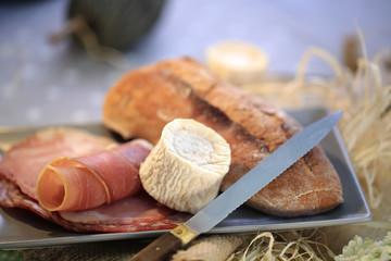 jambon cru fromage de chèvre