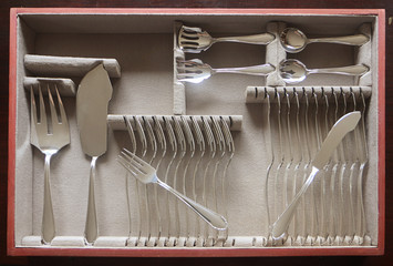 Beautiful vintage silver fish cutlery set for 12 people completed with server flatware in the drower case