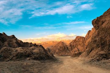 Foto auf Acrylglas Durre A view of the Death Valley at the Salt Mountain Range (Cordillera de la Sal), Atacama Desert, Northern Chile