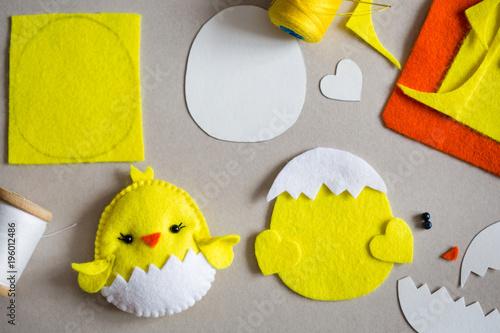 image regarding Free Printable Felt Craft Patterns called Felt fowl, felt sheets, template, threads upon the desk
