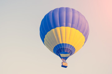 Foto op Aluminium Luchtsport Colorful of hot air balloon on blue sky background. Toned