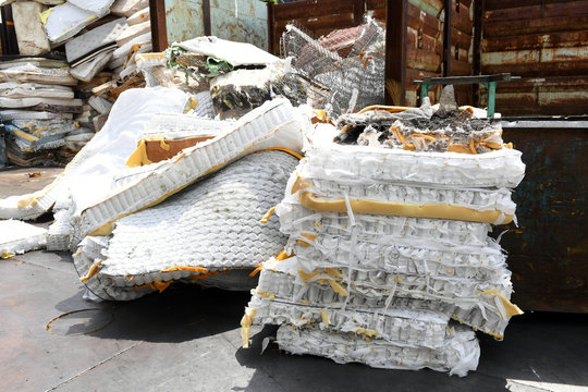 Mattress spring coils to be recycled