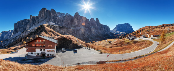 Wall Mural - Picturesque panoramic scenery of South Tyrol Alps Dolomites in Italy. Autumn landscape.