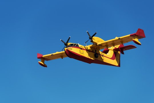 Canadair water bomber flying
