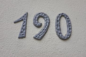 numéro 190. Numéro de plaque de rue.