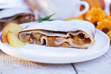 Strudel with peaches and apples
