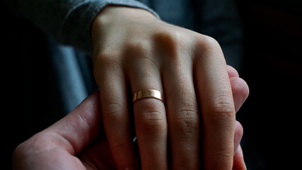 Man making marriage prorosal