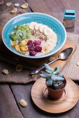 healthy food - oatmeal