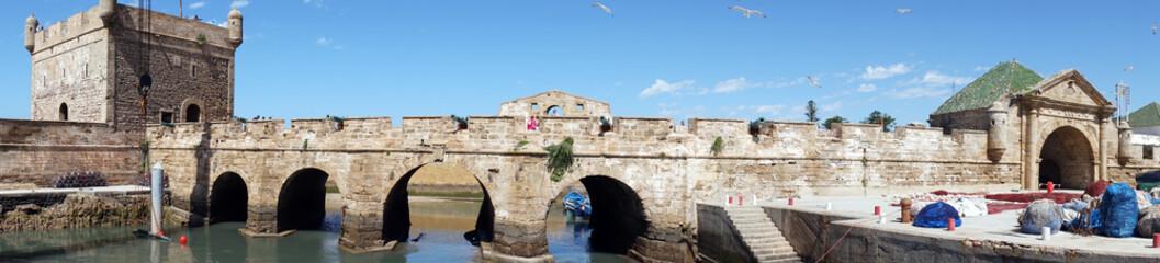 Long bridge Fototapete