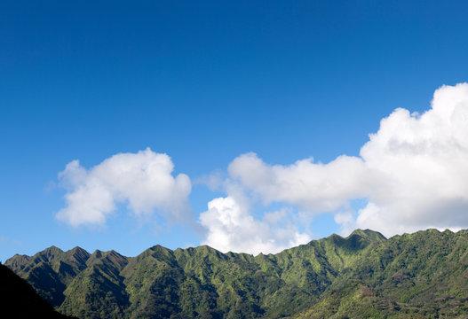 Hawaii Mountains, Manoa