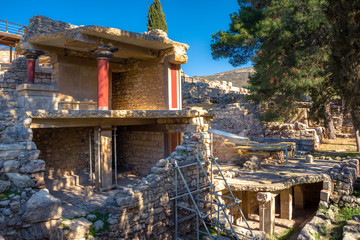 Fotomurales - Old walls of Knossos near Heraklion. The ruins of the Minoan palaces is the largest archaeological site of all the palaces in Mediterranean island of Crete, UNESCO tentative list, Greece