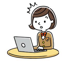 女子学生:インターネット