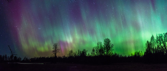 Full sky of Northern Lights