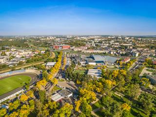 Lublin - krajobraz miasta z lotu ptaka. Okolice Alei Zygmuntowskich w Lublinie z widocznym stadionem i Aqua.