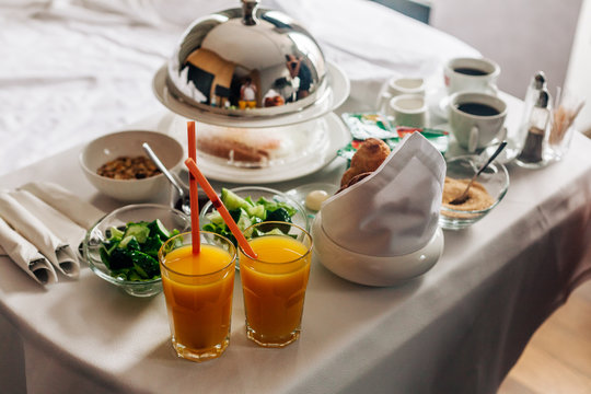 room service hotel breakfast