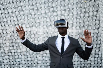Clerk lost in virtual world