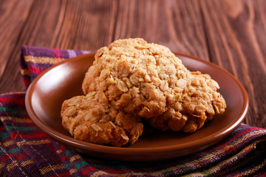 Anzac biscuits - oat and coconut traditional cakes