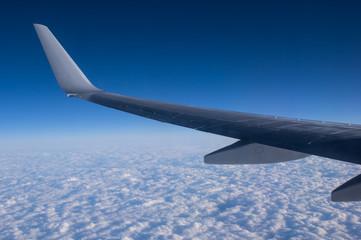 空と雲と飛行機