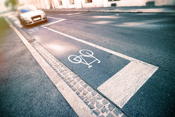 Bicycle sign on street