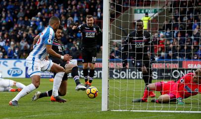 Premier League - Huddersfield Town vs Crystal Palace