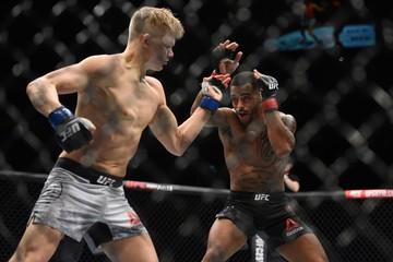 MMA: UFC Fight Night-Roberts vs Enkamp