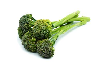 langstieliger brokkoli grün sprossenbrokkoli isoliert freigestellt auf weißen Hintergrund, Freisteller