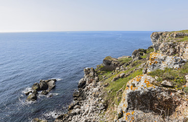 Yailata is situated 2 km south of Kamen Briag and 18 km northeast of Kavarna. It is a 300-acre seaside terrace, separated from the sea by rocky massifs with a height of 50 - 60 m.