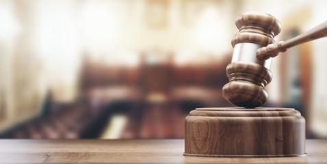 Martello in tribunale, giustizia o sentenza