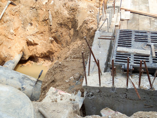 dig dirt to underground pipes repair or replacement