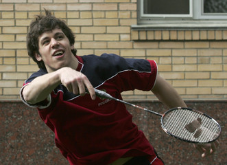 Evgeni Malkin plays badminton at Russia's national hockey team base in Moscow