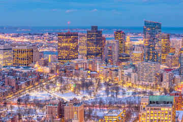 Fototapete - Aerial view of Boston skyline and Boston Common park in Massachusetts, USA at sunset in winter