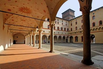 portico del Cortile della Rocchetta; Milano, Castello Sforzesco
