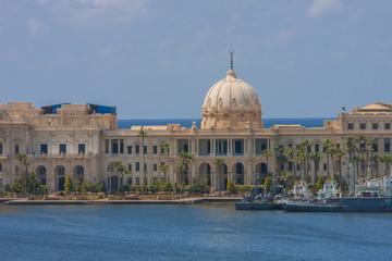 ラス・アル・ティン宮殿