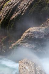 Rocce della cascata Slap Peričnik in Slovenia