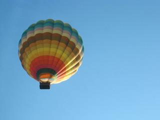 bunter heissluftballon
