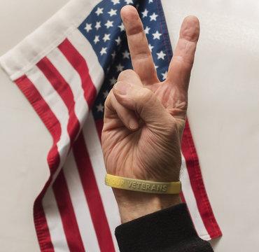 support our veterans bracelet