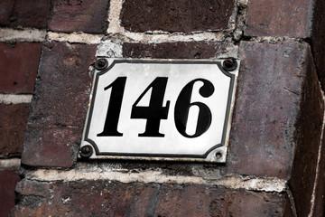 Hausnummer 146