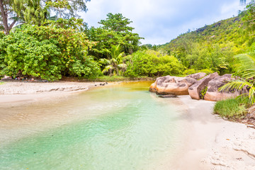 Seychelles, Paradise beach. La Digue at Anse Lazio, Source d'Argent.