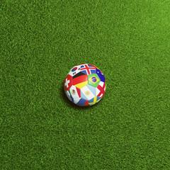 Fußball mit Flaggen der Meisterschaft Teilnehmer