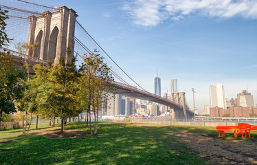 Brooklyn Bridge and Manhattan skyline as seen from Brooklyn Bridge Park, New York City - NY -USA