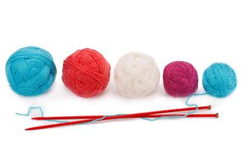 yarn balls and knitting needles
