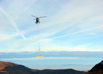 Helicopter transport beam